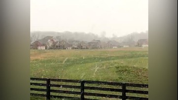 Light snowfall begins to fall in Tennessee