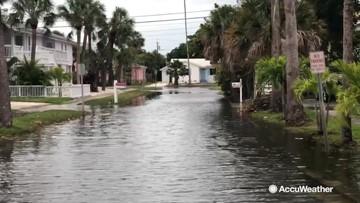 Storm puts Florida roads underwater