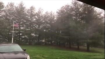 Wind, rain and thunder hit Illinois
