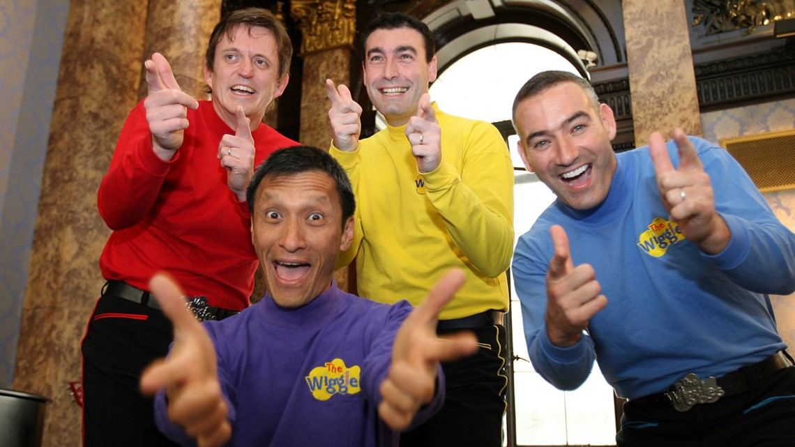 Original member of 'The Wiggles' collapses during bushfire relief concert