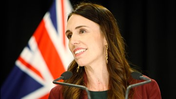 New Zealand Prime Minister Jacinda Ardern continues TV interview mid-earthquake