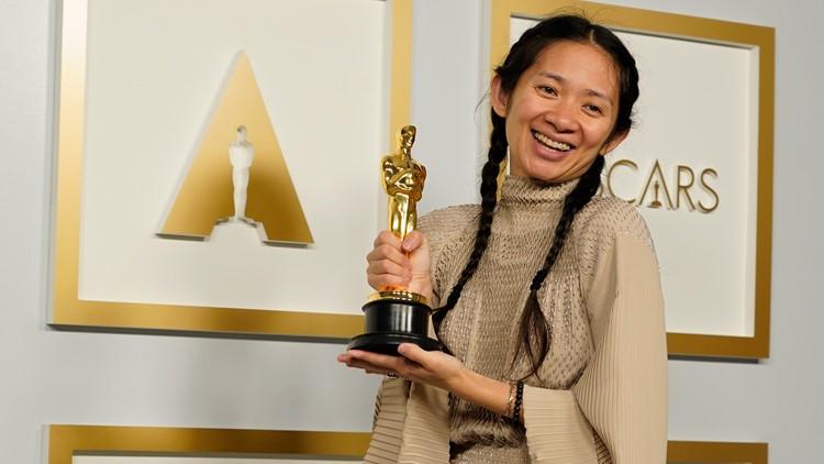 Chloé Zhao makes history, wins best director Oscar for 'Nomadland'