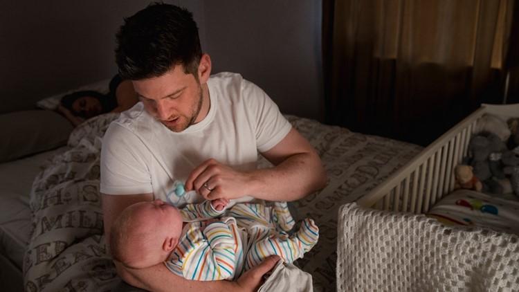 dad baby sleep night deprivation