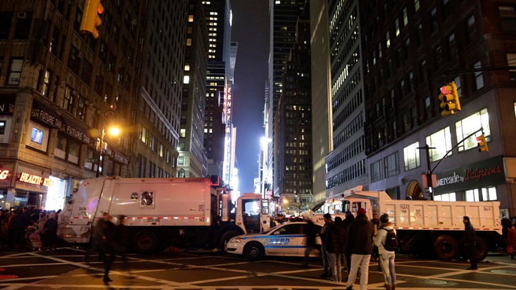New York City police prepare for New Year's Eve ball drop, no crowds