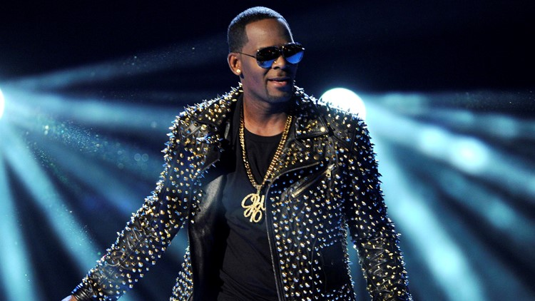 R Kelly Investigations performance 2013