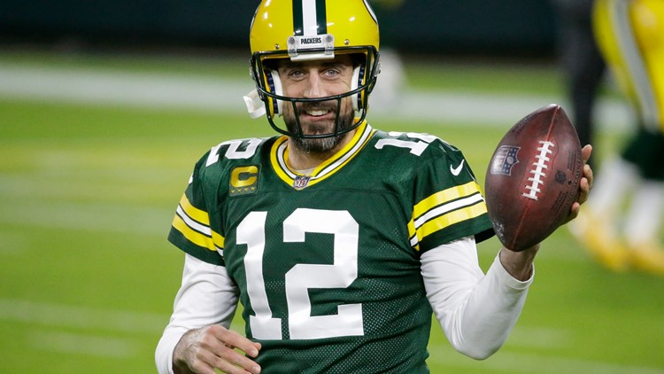 If Patriots play the waiting game, will an Aaron Rodgers scenario emerge?