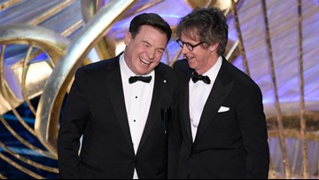 'We're not worthy': Mike Myers, Dana Carvey bring 'Wayne's World' to the Oscars