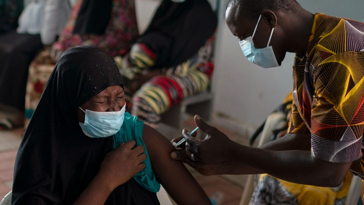 Gender gap emerges in Africa's vaccines