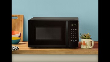 'Alexa, nuke the popcorn, heat up the coffee:' We review Amazon's $59.99 microwave