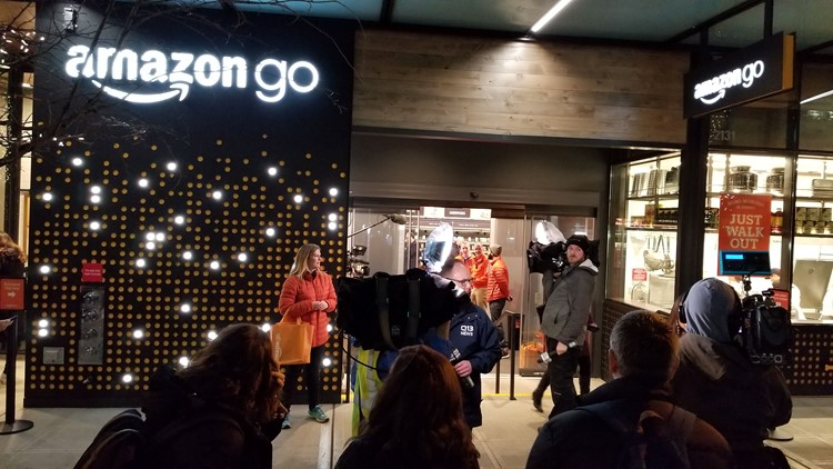 Amazon's first Chicago store opens today