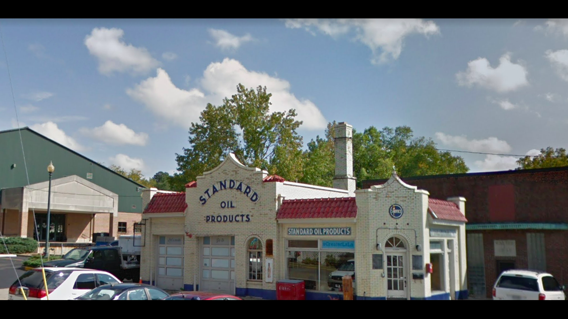 50 state road trip: Unusual gas stations across the USA