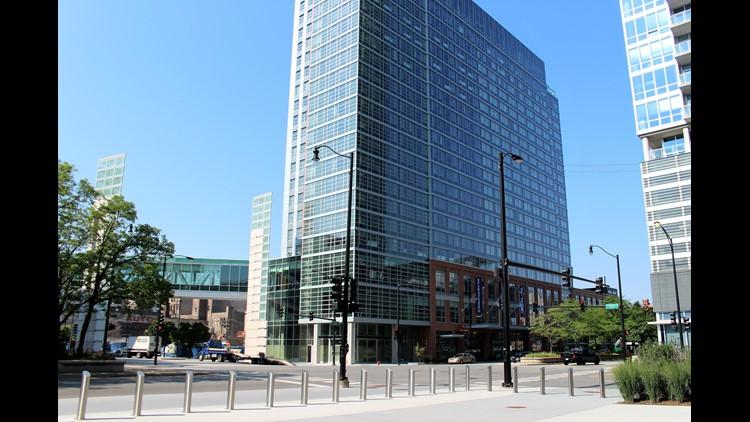 Hiltons At Mccormick Place Exterior 1