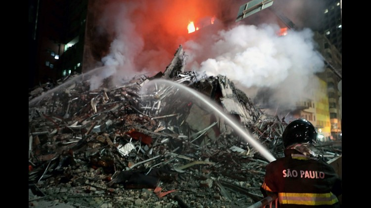 Building in Sao Paulo collapses during fire, victims unknown
