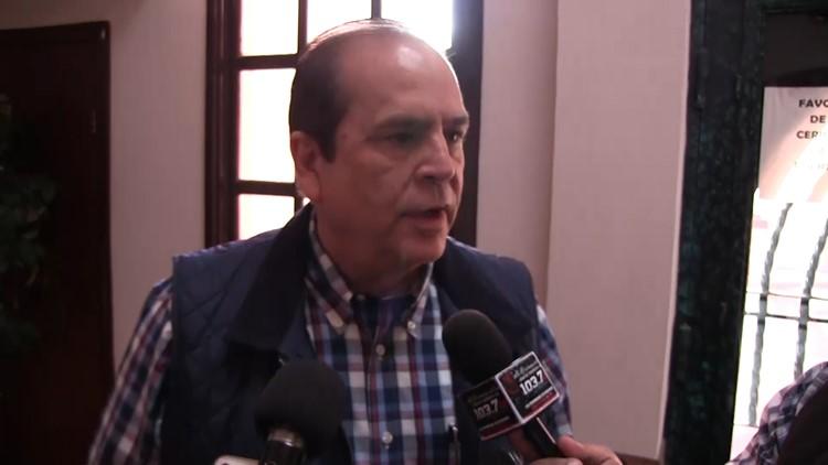 Piedras Negras Mayor Claudio Bres speaks to media about deported MS-13 gang members in the migrant caravan.