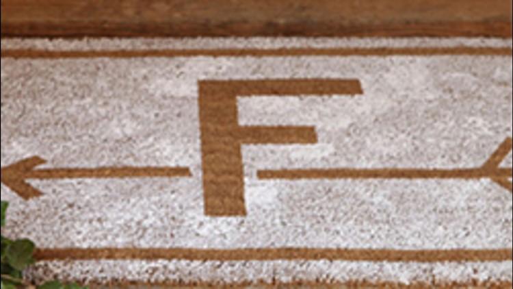 How to Create a Monogrammed Doormat