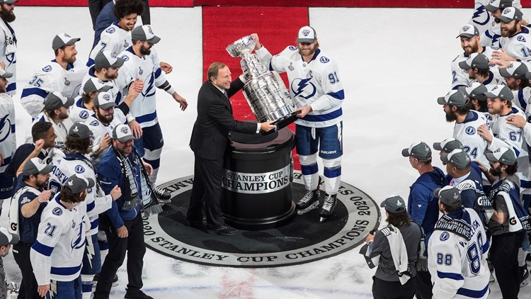AP sources: NHL reaches 7-year agreement with ESPN
