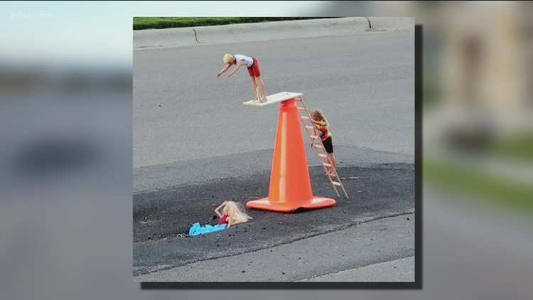 A pothole in a Texas community turned into funny scenes, bringing neighbors together