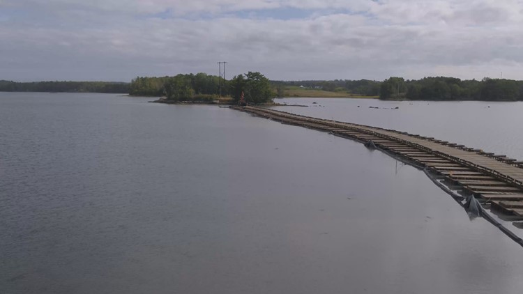 Newcastle 'floating road' used for environmentally-friendly transmission line repair