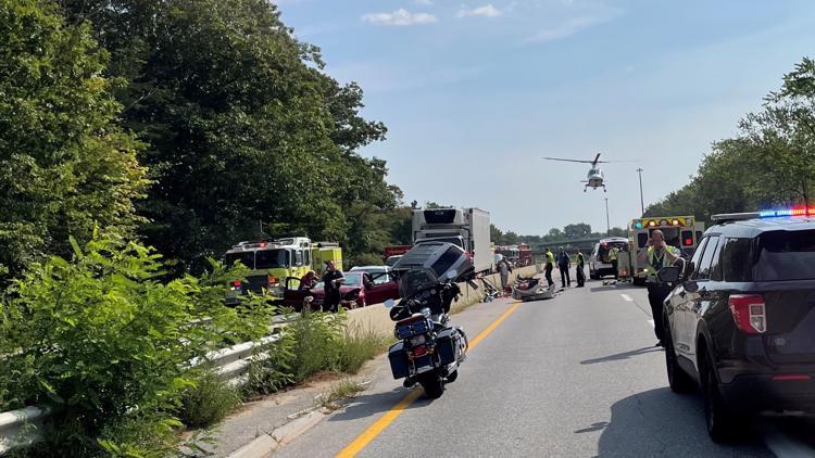 Box truck carrying lobsters triggered six-vehicle Brunswick crash that injured three