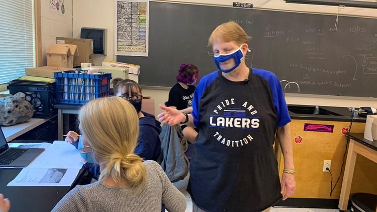 Blind teacher inspiring new generation of students
