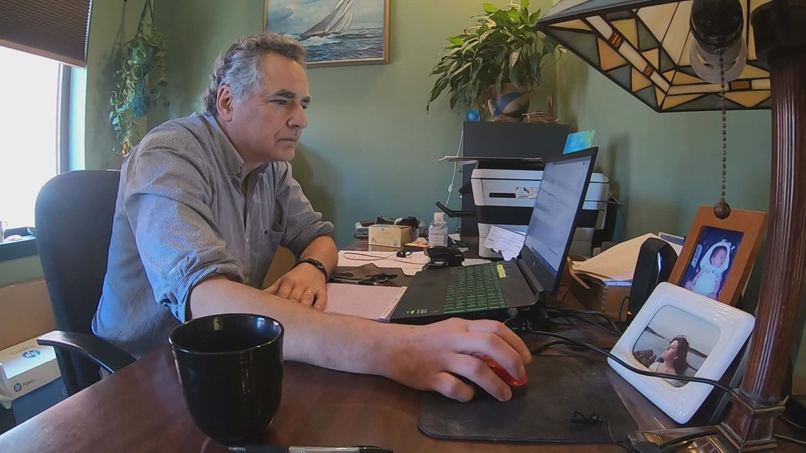Anthem insurance software changes delays payments to therapists, health care workers in Maine