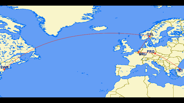 This type of itinerary (which my wife and I flew in December 2013) isn't going to help avoid baggage problems.