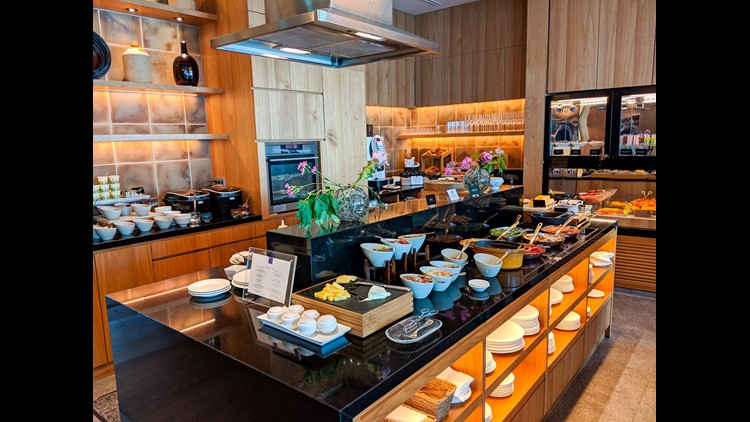 Breakfast at the Conrad in Tokyo (Photo by Samantha Rosen / The Points Guy)