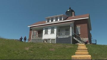 Volunteers left scrambling to turn Seguin Island's power back on