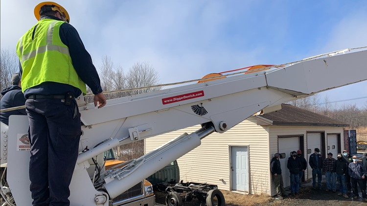 Works For ME: Versant Power donates truck for training to Eastern Maine Community College students