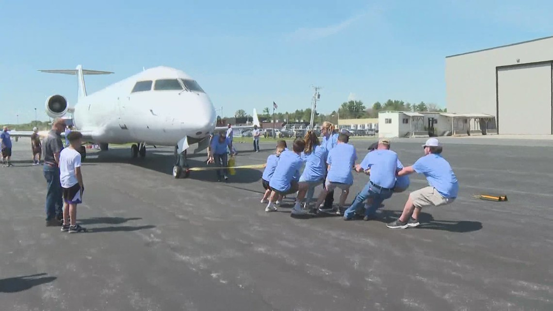 Mainers gather in Auburn for an aircraft pull fundraiser