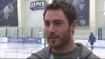 Biddeford native signs pro hockey contract