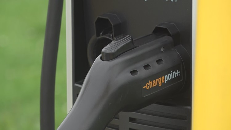 Mission for more electric vehicle chargers in Portland
