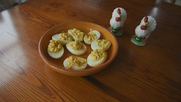 Deviled Eggs -- easy and delicious
