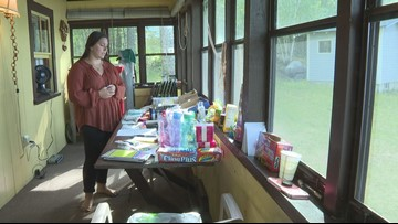 Teen collects donations for homeless and asylum seekers