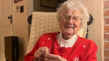 Dottie Brown, the 104-year-old Maine knitter