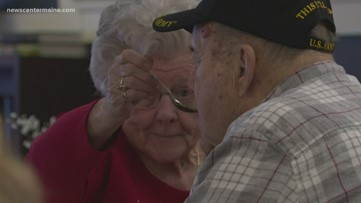 South Portland kids bring valentines to Scarborough veterans home
