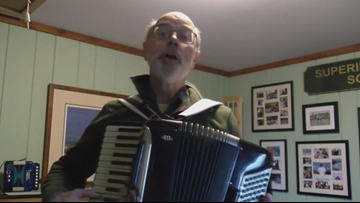 Maine Superintendent turns into one-man band to cancel school