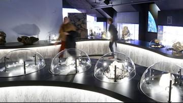 Gemstones, lunar meteorites showcased at new museum in Maine