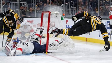 Bruins squander 4-goal lead; Panthers rally to win 5-4