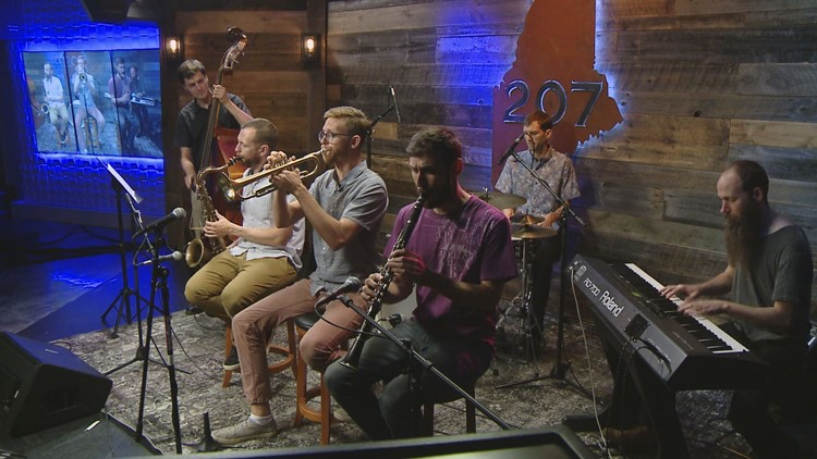 Swing and Stomp with the Soggy Po Boys