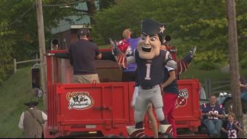 Patriots parade through Rumford brings, cheerleaders, mascot, oldest living fan