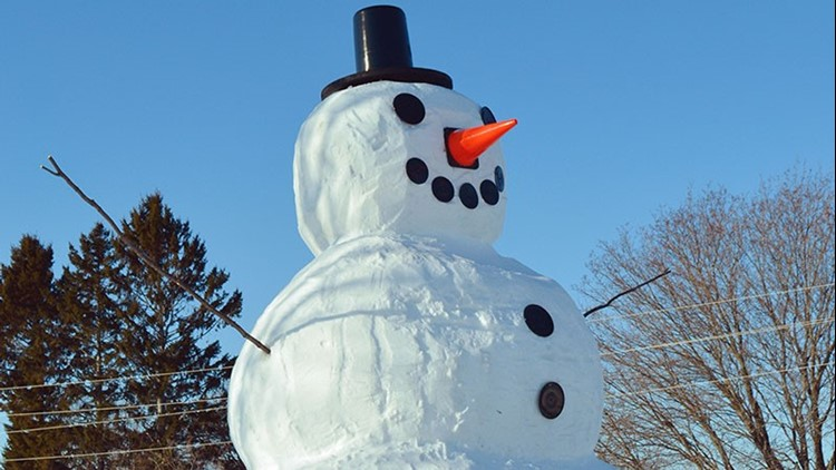 Giant Frosty catches eyes in Presque Isle and across the state