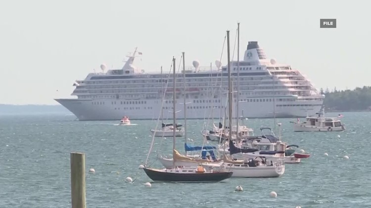 Bar Harbor officials to consider new cruise ship restrictions due to concerns of overcrowding