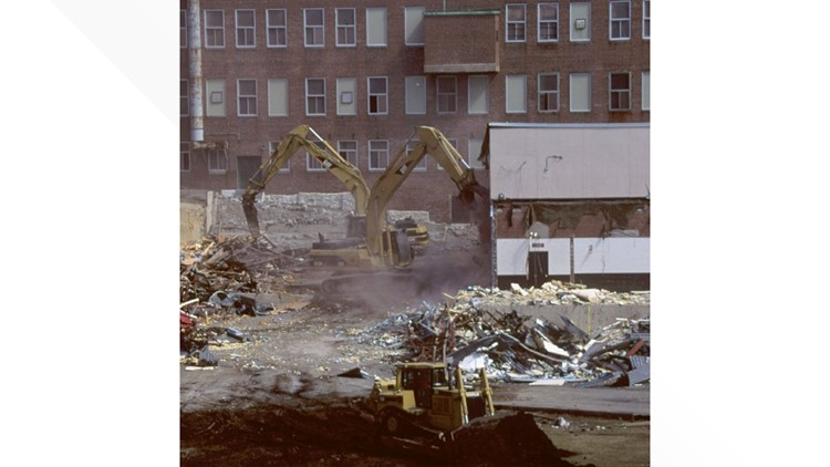 Maine-State-Prison-demolition_AP