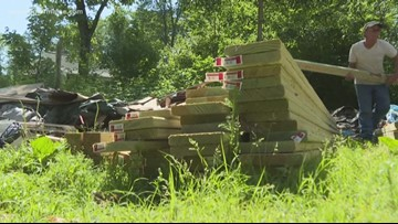 Community builds ramp for 94-year-old WWII veteran