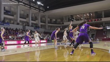 Bowdoin women's basketball team heads to the championship game