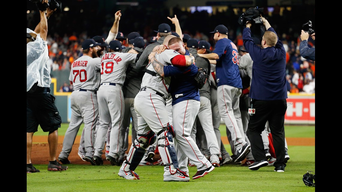 PHOTOS: Red Sox beat Astros in Game 5 of ALCS, win pennant