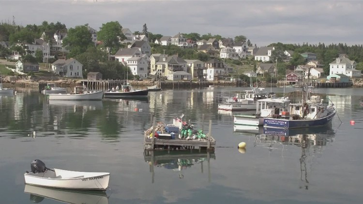 Highlighting Maine's beauty through song & video