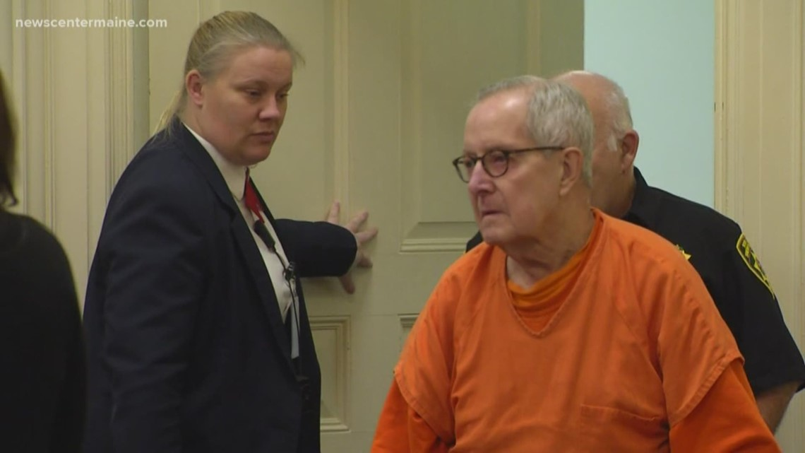 Case of ex-priest convicted of altar boy abuse back in court