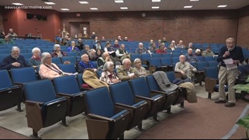Discussions over gun control take place in Augusta